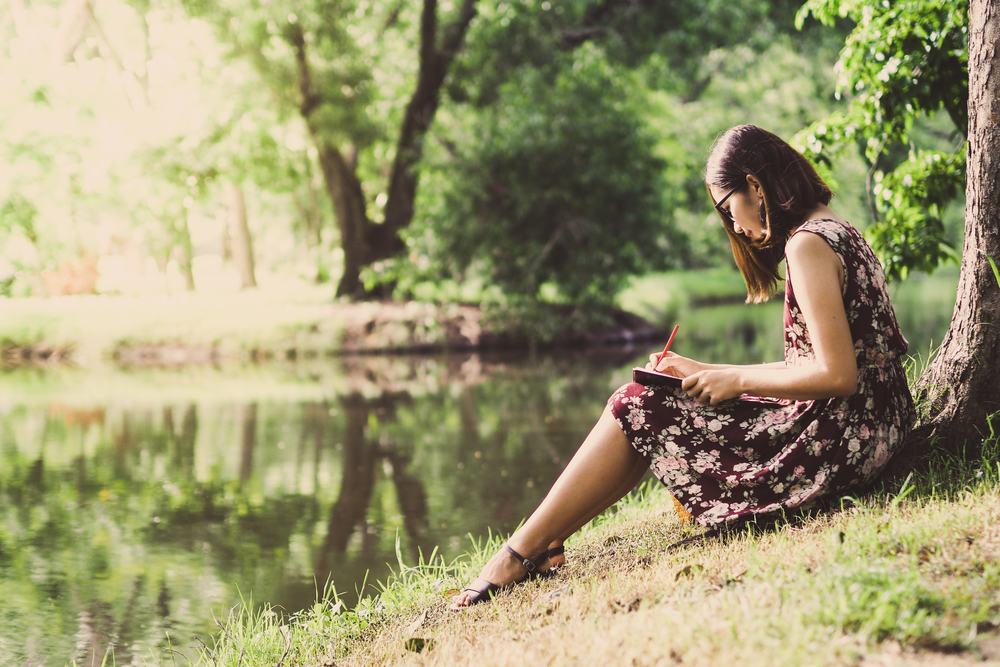 Outdoor journaling for mental health